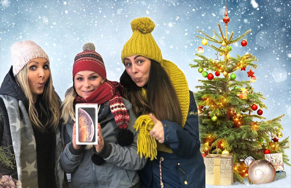 Handy Girls lassen das neue iPhone XS aus dem Sack